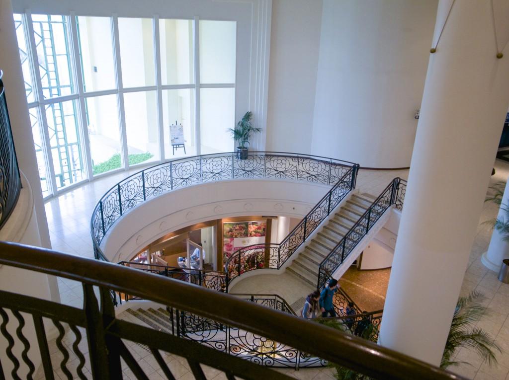 イクスピアリ階段